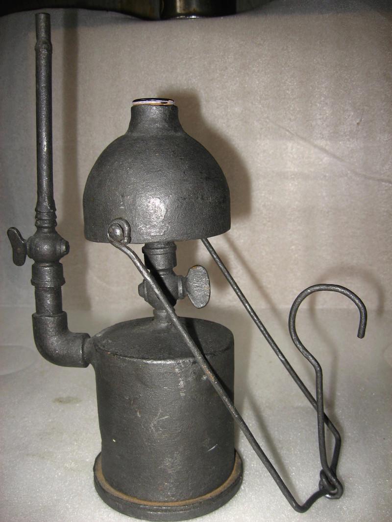 lampes de mineurs,  divers objets de mine, outils de mineur et documents  - Page 9 Img_1511