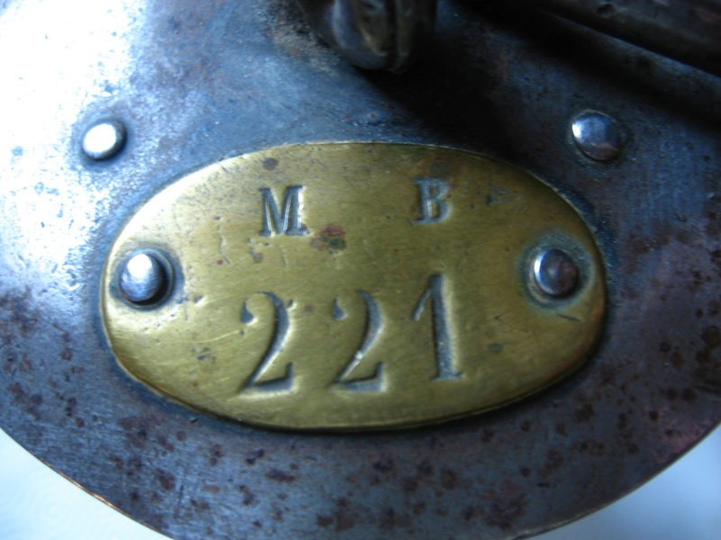 lampes de mineurs,  divers objets de mine, outils de mineur et documents  - Page 9 Img_1512