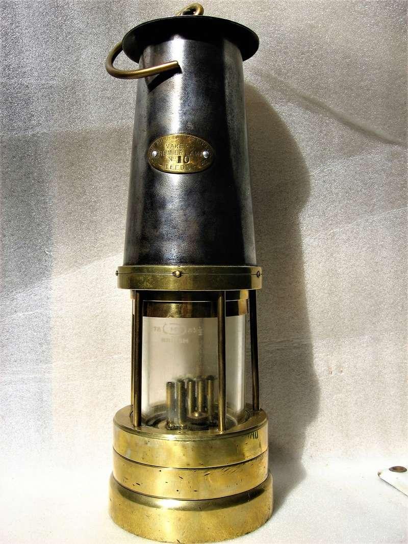 lampes de mineurs,  divers objets de mine, outils de mineur et documents  - Page 9 Img_1622