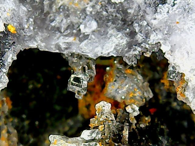 Différentes fluorites de la mine CLARA Win_2267