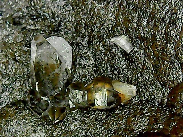 Quartz de septaria dit <<diamant>> Win_2603