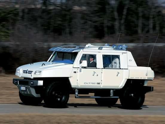 la réplique de FIAT contre le Hummer 33583410