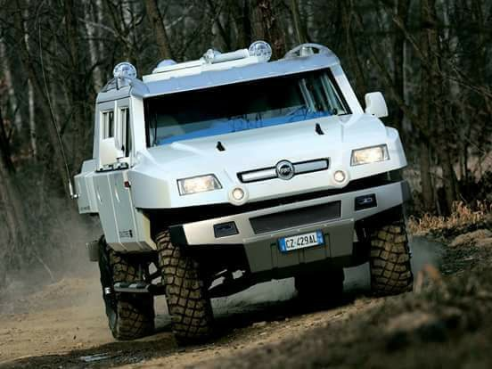 la réplique de FIAT contre le Hummer 33677310