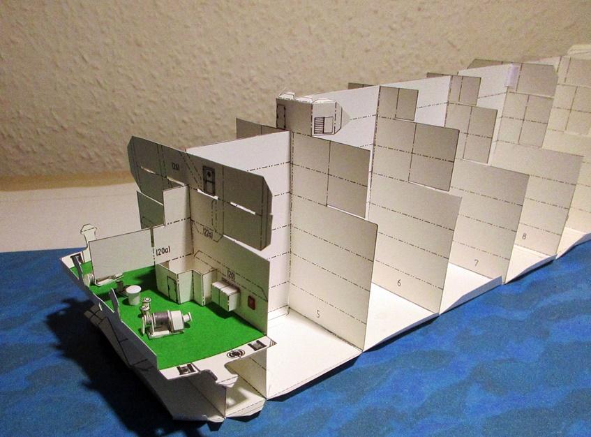 kong Harald, Willhemshavener Modell, 1 / 250, gebaut von Helmut Dully Img_2238