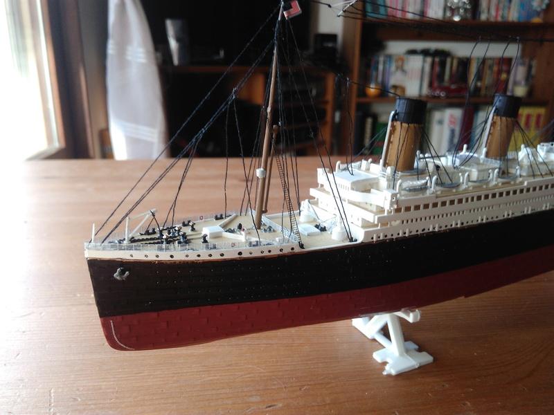 RMS OLYMPIC, 1/700 de chez Revell Img_2011