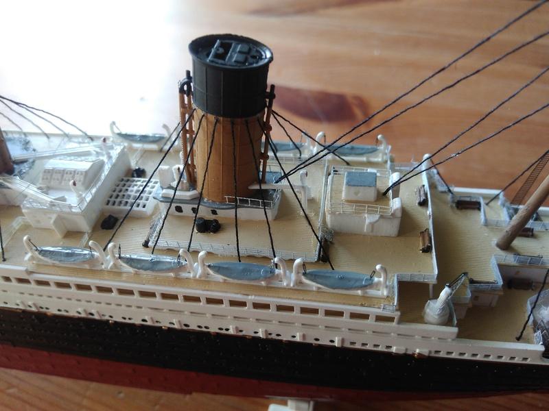 RMS OLYMPIC, 1/700 de chez Revell Img_2018
