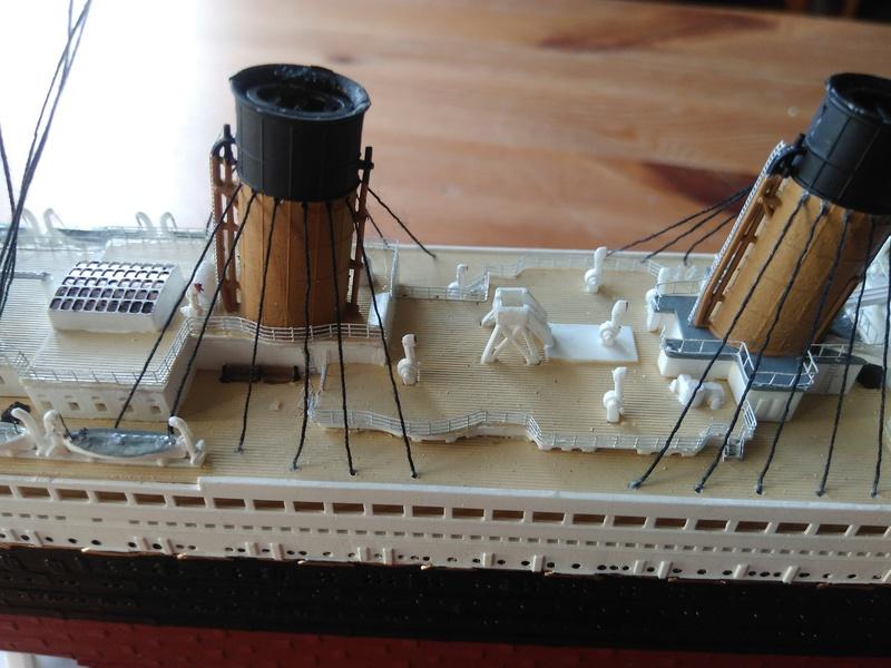 RMS OLYMPIC, 1/700 de chez Revell Img_2019