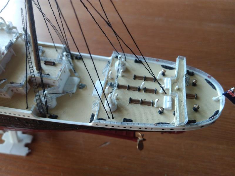 RMS OLYMPIC, 1/700 de chez Revell Img_2020