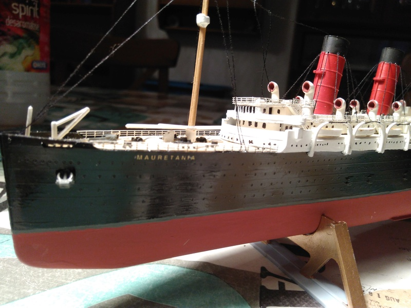 RMS Mauretania, 1/600 de chez Airfix Img_2027