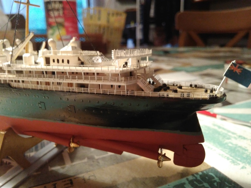 RMS Mauretania, 1/600 de chez Airfix Img_2029