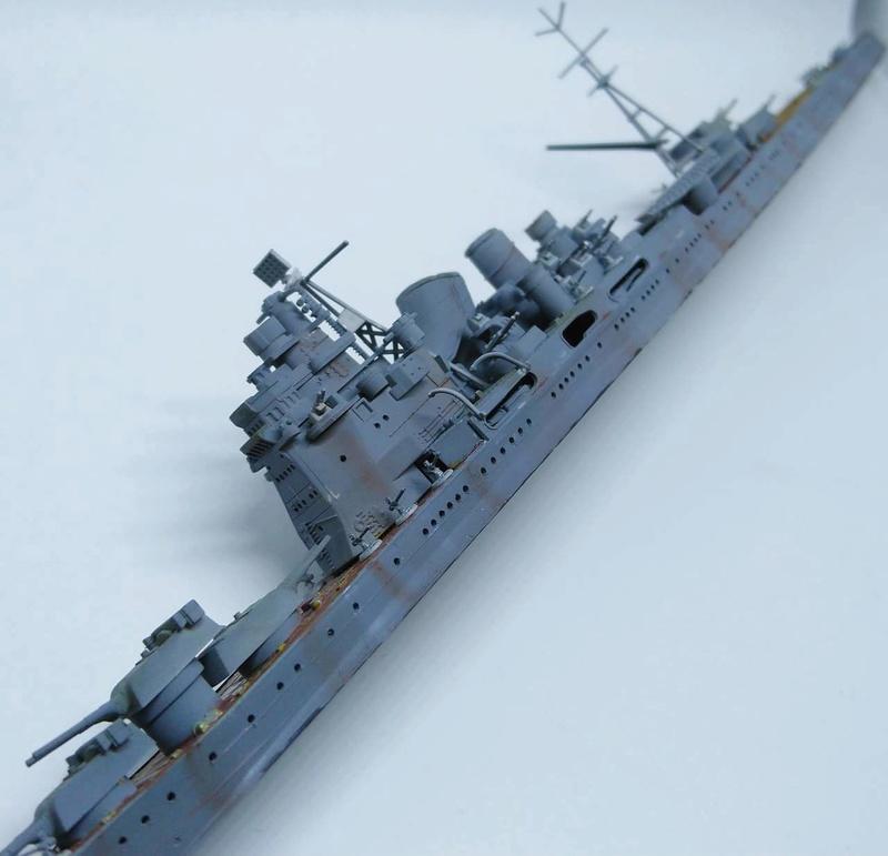 Croiseur TAKAO 1944 1/700 Pit-Road - Page 2 Takao_17