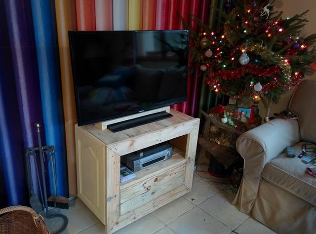 meuble de télé Img_2052