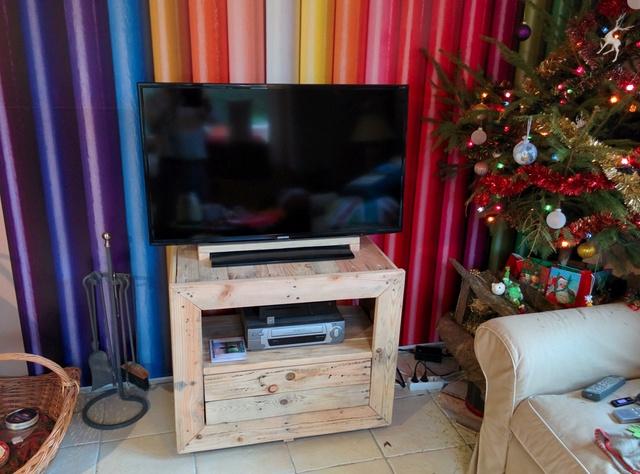 meuble de télé Img_2053