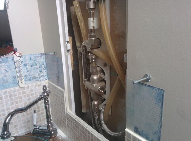 Etagère pour la salle de bain Img_2084