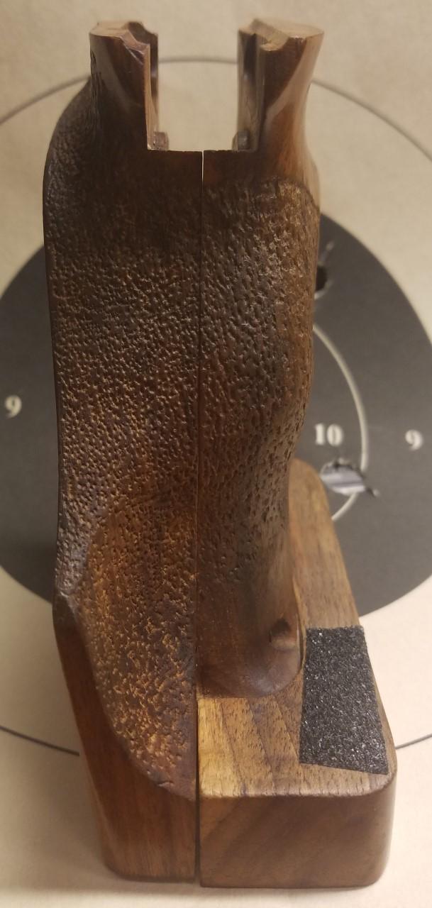 SOLD / Hammerli 208S ergonomic grip Right Hand **Reduced** Ham210