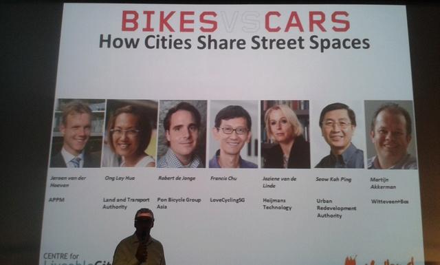 Documentaire BIKES vs CARS 88600510