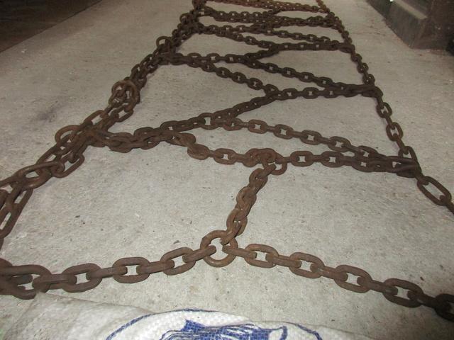 Paire de chaines pour 421 Img_0820