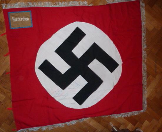 Drapeau du parti allemand P1530638