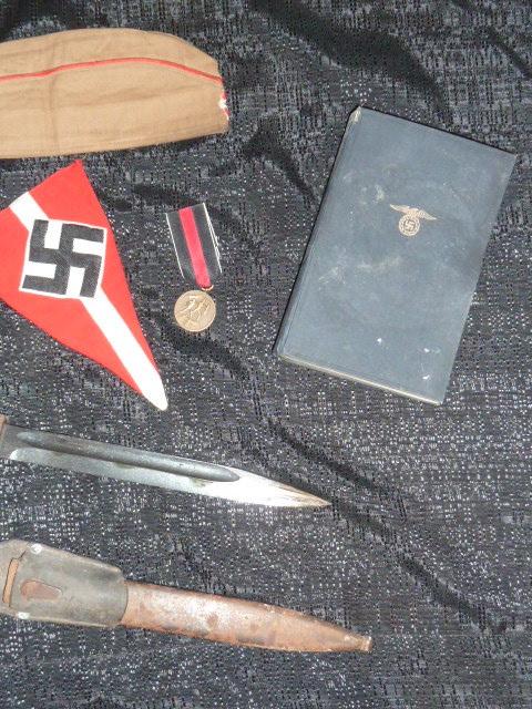 Hitlerjugend, Reichsrevolver, TK17, épée de Gandalf, allemand 1914/18...... P1600127