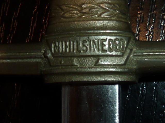 Roumanie, dague ou miniature de dague? - Fabrication allemande: Holler. P1600139