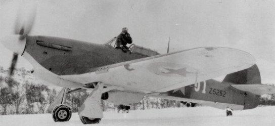 Ma série de HURRICANE Lend-Lease (URSS) 1/72 - On en est à 10!!  Hawker10