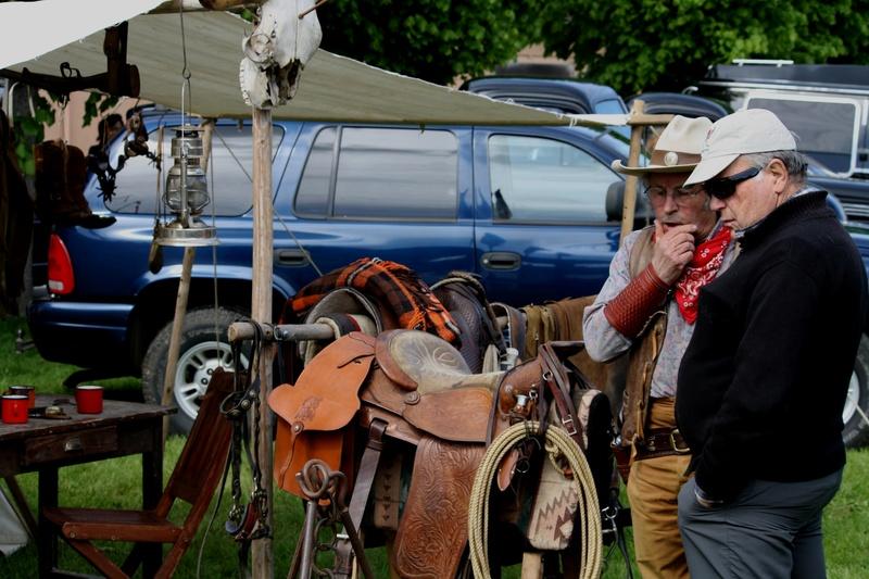 LORMAYE 28 - 3 ème Rassemblement American Legend , voitures et motos anciennes  Img_5425