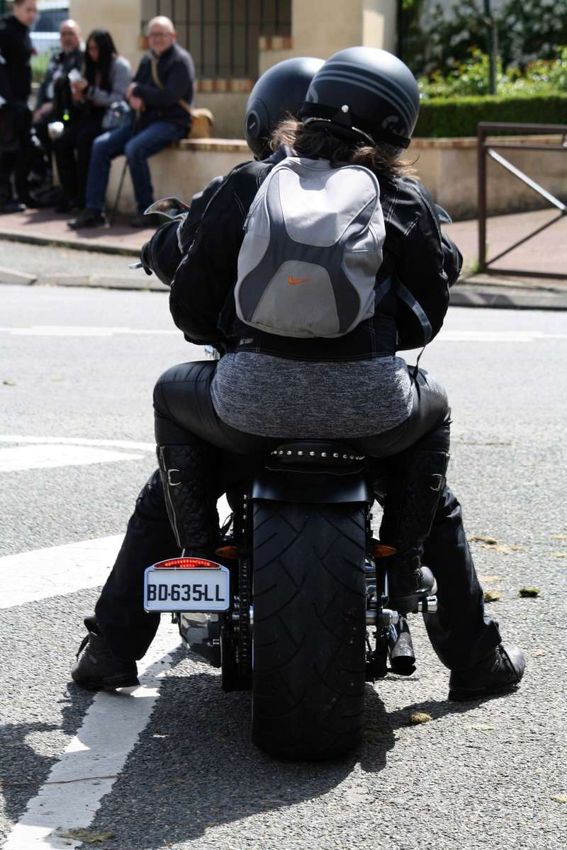 LORMAYE 28 - 3 ème Rassemblement American Legend , voitures et motos anciennes  Img_5460