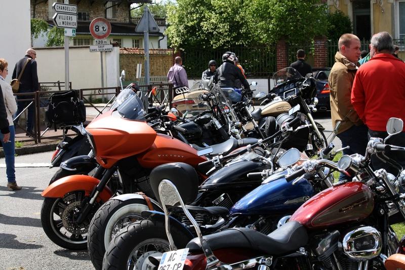 LORMAYE 28 - 3 ème Rassemblement American Legend , voitures et motos anciennes  Img_5464