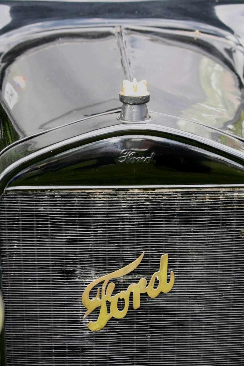 LORMAYE 28 - 3 ème Rassemblement American Legend , voitures et motos anciennes  Img_5498
