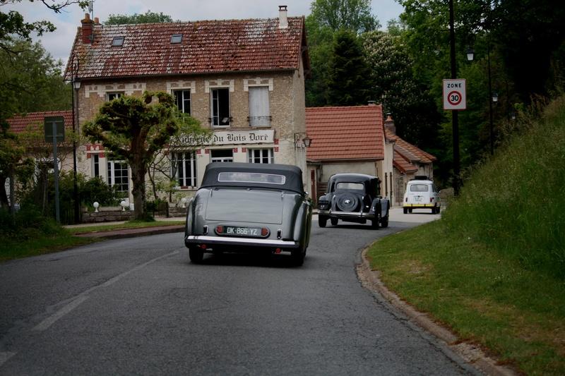 Montfort l'Amaury tous les 2èmes dimanches du mois Img_5752