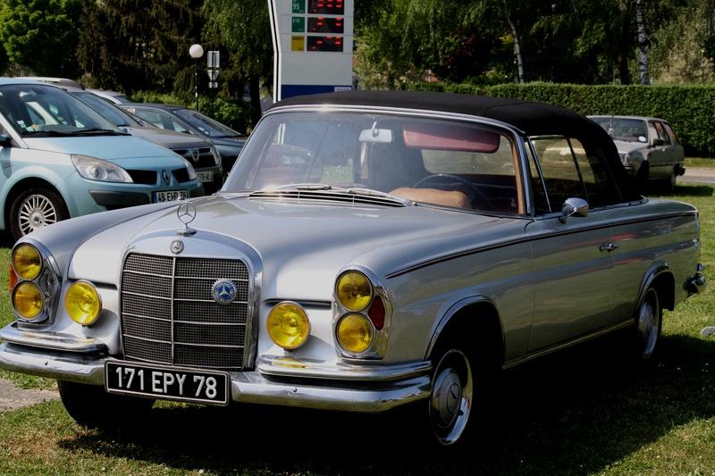 MERCEDES  220  SE  Cabriolet Img_5913
