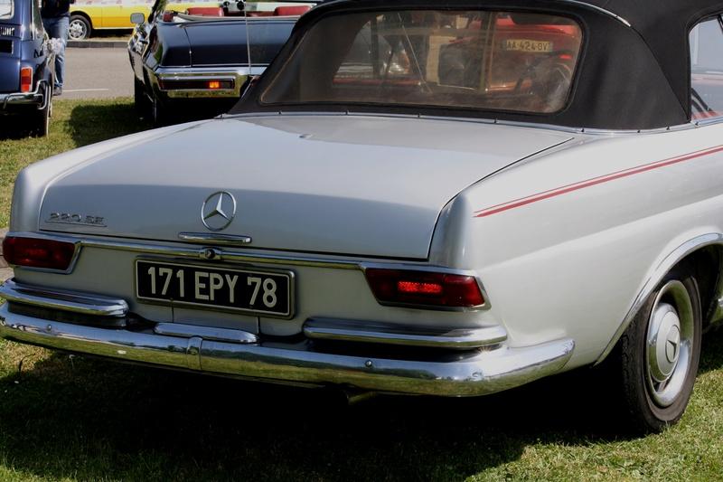 MERCEDES  220  SE  Cabriolet Img_5915