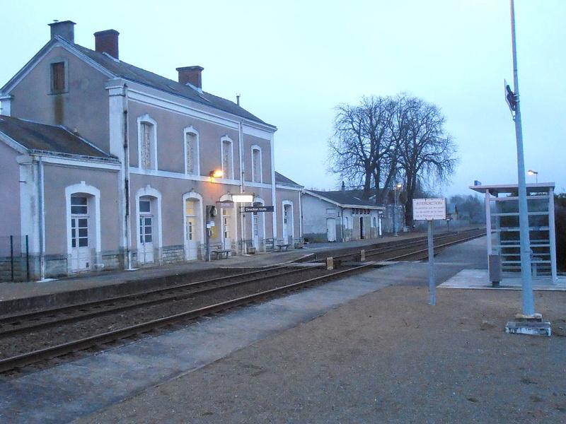 Gare d'Aubigné-Racan (PK 295,9) 1024px14