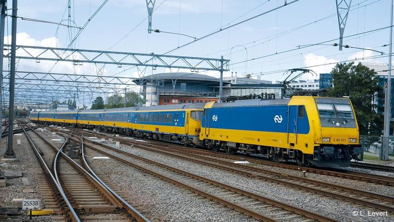 Royaume des Pays-Bas 11-ic-10