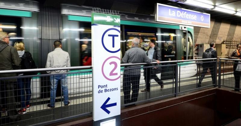 Tramway T2 : Porte de Versailles - Pont de Bezons Dsc_5710