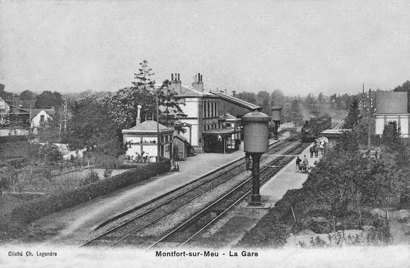 Gare de Montfort-sur-Meu (PK 395,5) Garemo10