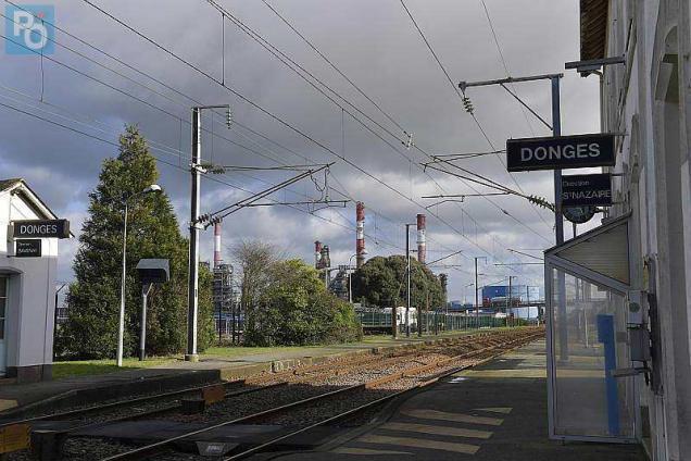 Gare de Donges (PK 481) P1d33814