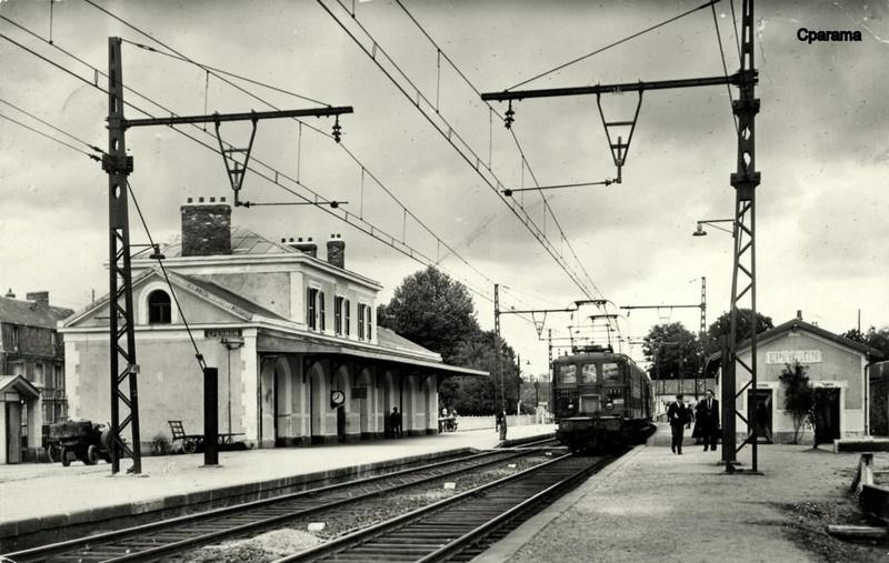 Gare d'Épernon (PK 60,3) Yypern10
