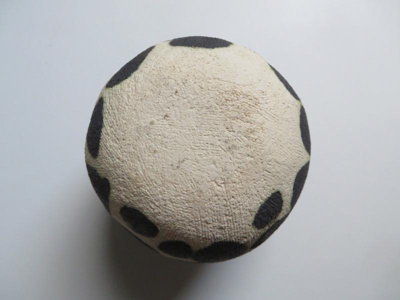 Black spotted spherical pot vase - unmarked Img_0413