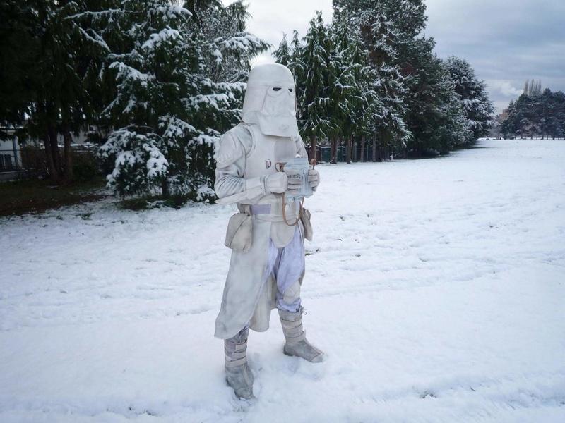 In Victoria when it snows 25790710