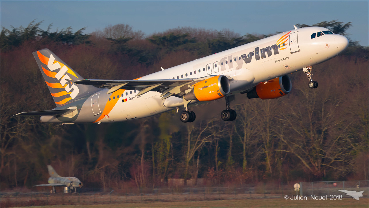 [10/02/2018] A320 OO-TCX VLM Airlines  Spotti21