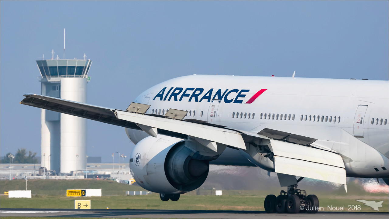 [24/02/2018] Boeing 777-20 (F-GSPA) Air France Spotti32