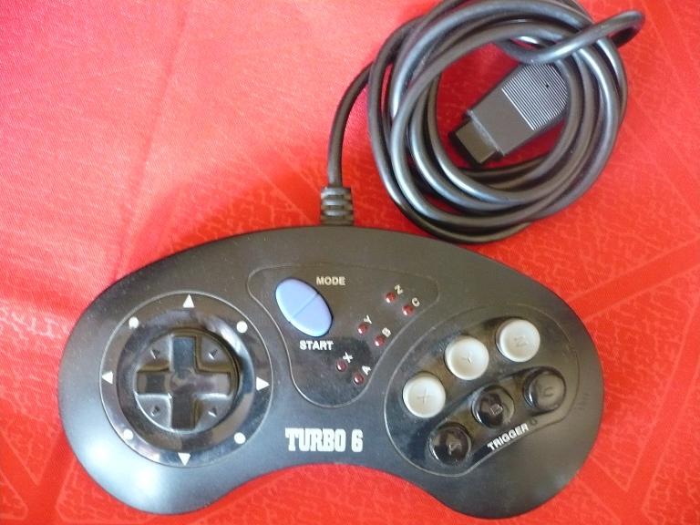 manette 6 boutons megadrive P1030812