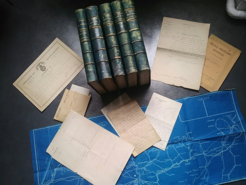 Brocante dominicale n°72 : Du beau papier et de beaux livres ! Img_2182