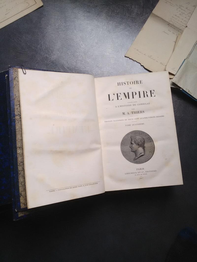 Brocante dominicale n°72 : Du beau papier et de beaux livres ! Img_2189