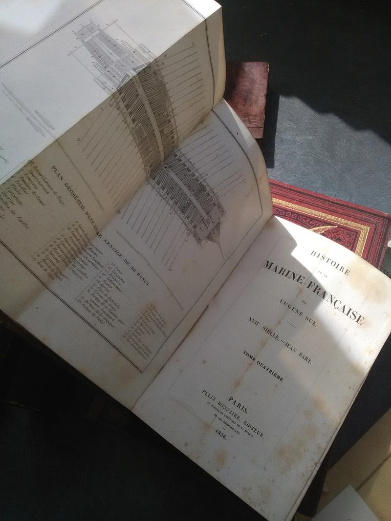 Brocante dominicale des Salins : du beau papier et une belle histoire surtout !  Img_2198