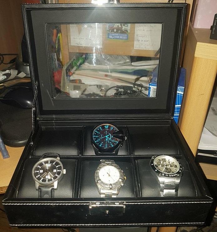 a part la Z : les montres mécanique 30441010
