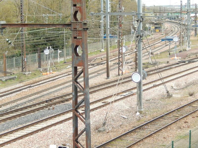En gare de Moret- Veneux-les -Sablons avril 2018 Dscn8315
