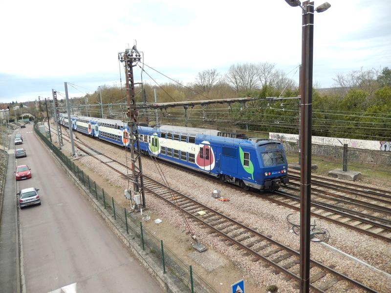 En gare de Moret- Veneux-les -Sablons avril 2018 Dscn8317