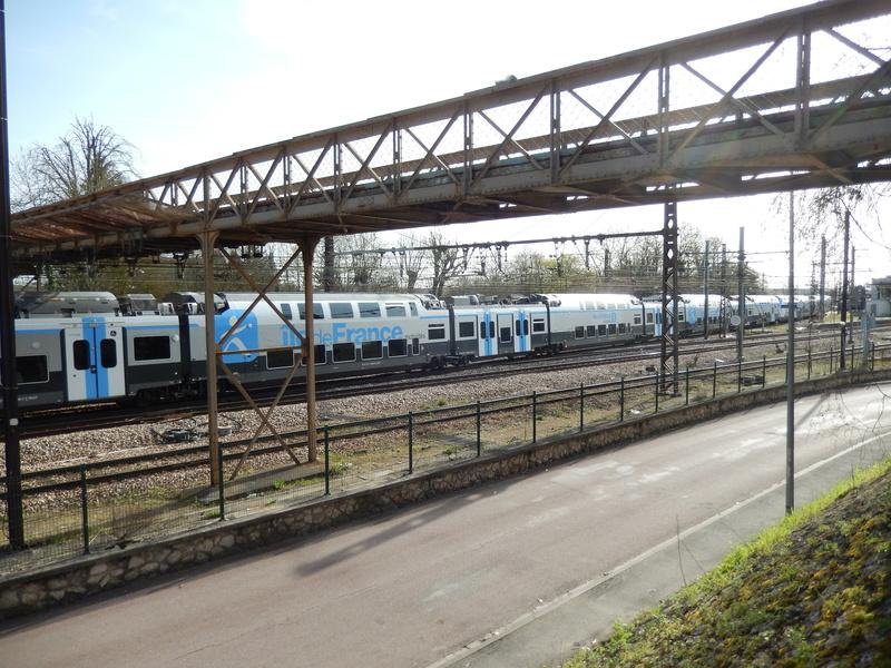 En gare de Moret- Veneux-les -Sablons avril 2018 Dscn8414